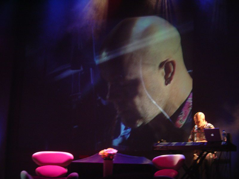 800px-Thomas_Dolby_Ted_Global